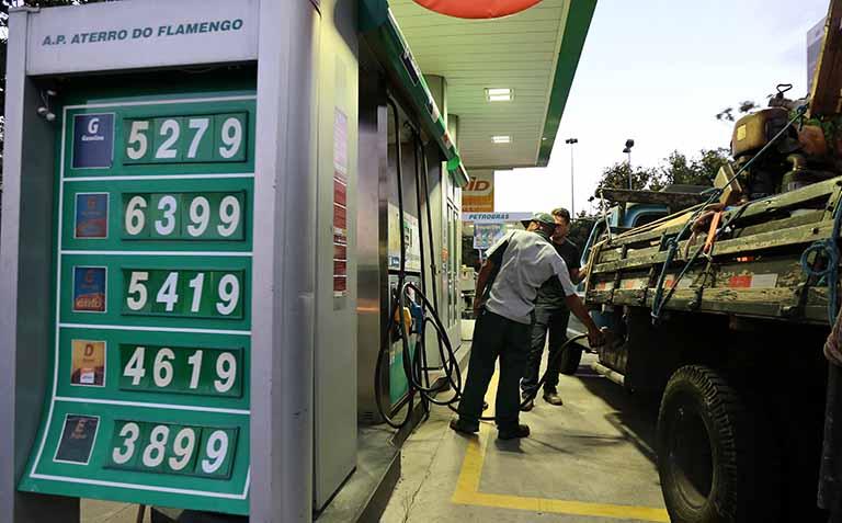 Proposta para mudar ICMS de combustíveis deve atrair forte resistência - Diário do Comércio