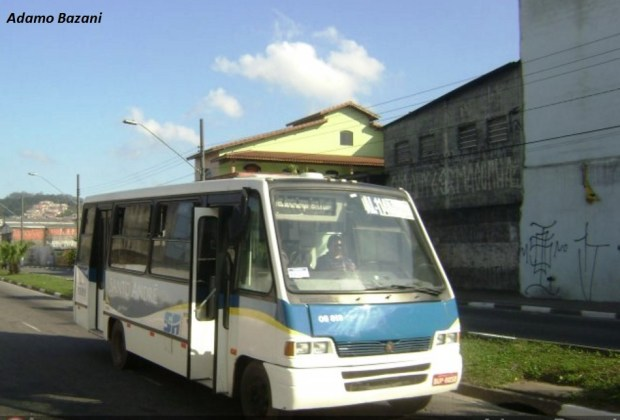 Micro-ônibus de linha alimentadora da Expresso Guarará