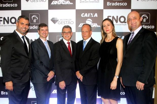 Volvo_premioFNQ_executivos.jpg
