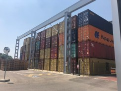 Ponte Transportadora de carga e descarga de containers