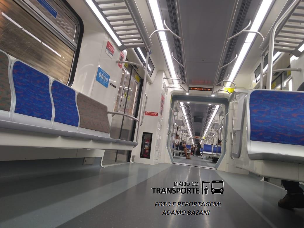 interior trem aeroporto 2