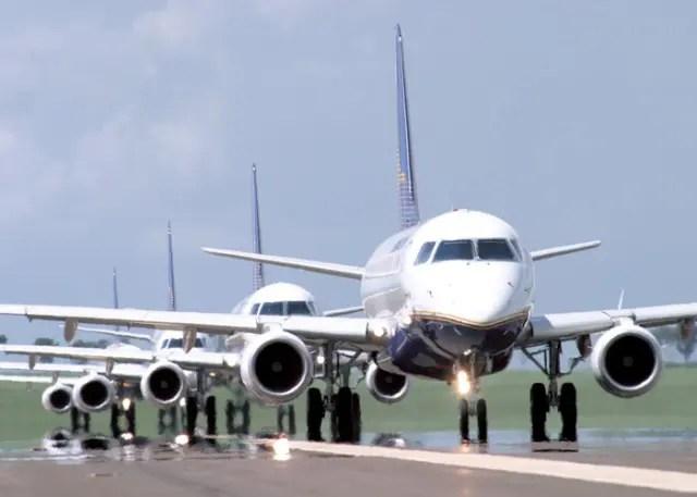 Transporte aéreo no país recua 0,8% em setembro
