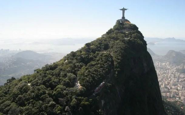 O Rio de Janeiro pede socorro - por Bayard do Coutto Boiteux