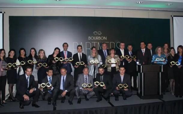 Rede Bourbon reconhece principais parcerias com seu 'Bourbon Partners'