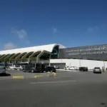 Pista principal do aeroporto de Salvador passa por obras de madrugada