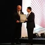 Ministro do turismo da Argentina  recebe homenagem da OMT