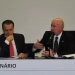 Ministro do Turismo quer debater legalização do jogo no Brasil