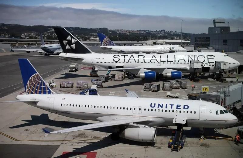 United Airlines comemora acordo histórico entre governos dos EUA e Cuba