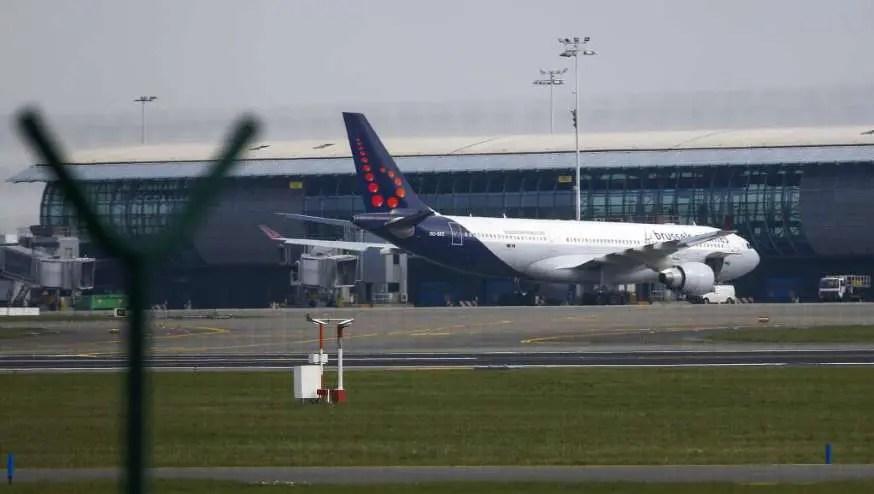Aeroporto de Bruxelas é reaberto gradativamente, a princípio com três voos