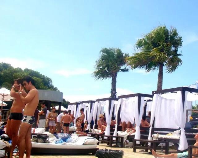 Justiça de Santa Catarina determina demolição de beach clubs em Jurerê Internacional