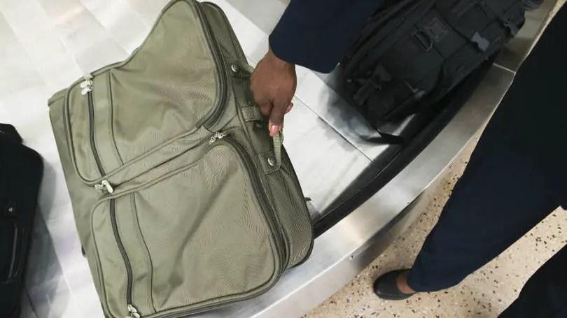 Anac estuda cobrança da bagagem despachada pelos passageiros