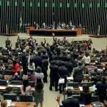 Câmara aprova MP que libera controle estrangeiro de empresa aérea no país