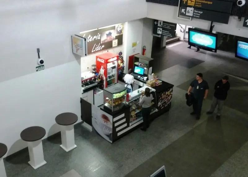 Aeroporto de Joinville ganha lanchonete com preços controlados