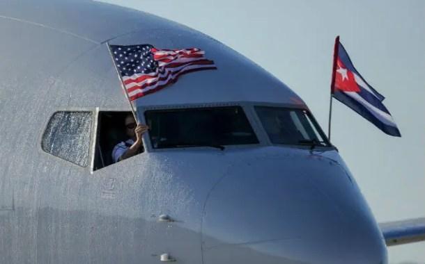 Depois de 50 anos, pousa em Havana, primeiro voo comercial vindo dos EUA