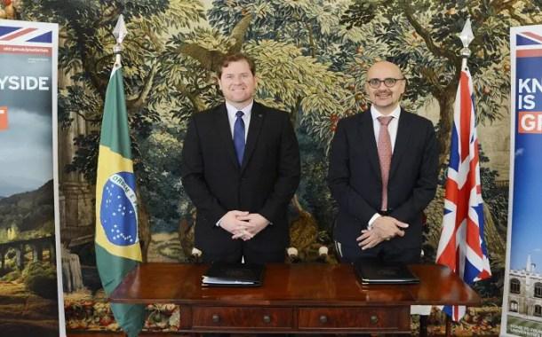 Brasil e Reino Unido assinam acordo de cooperação