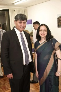 Sunil Lal, embaixador da India no Brasil, e Abhilasha Joshi, Cônsul Geral da India em São Paulo. (Foto: divulgação)