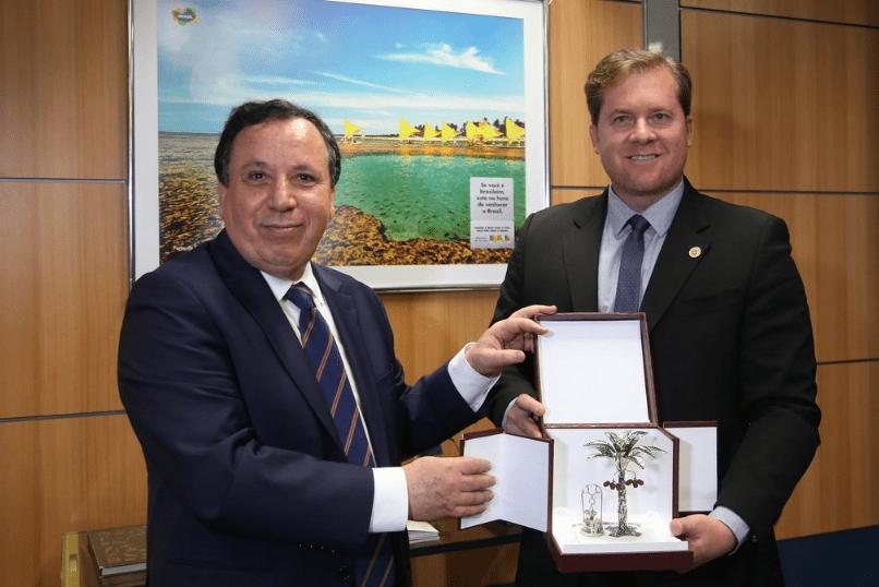 Brasil e Tunísia discutem cooperação turística
