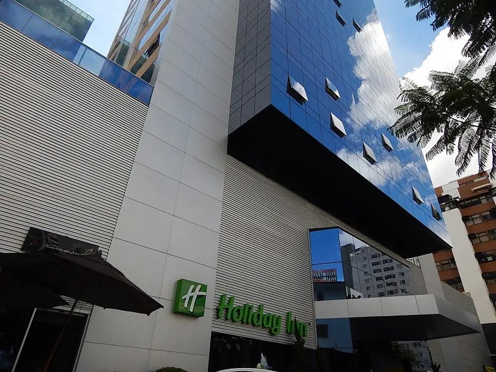 Hotel Holiday Inn em BH destaca conforto e boa localização