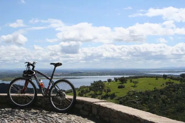 Vista do lago Alqueva (Foto: Divulgação)