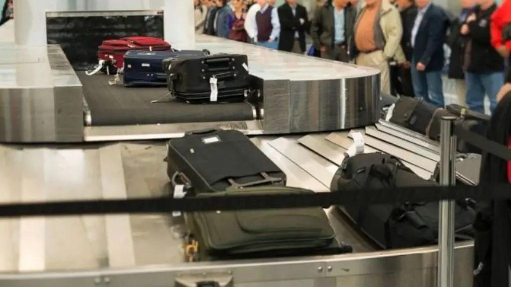 Cobrança por bagagem volta a valer