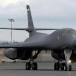 Bombardeiros dos EUA sobrevoam península coreana