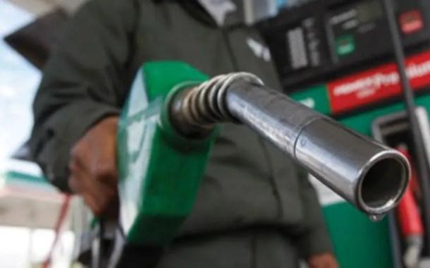 Petrobras eleva em 0,7% preço do diesel nas refinarias e em 1,4% o da gasolina