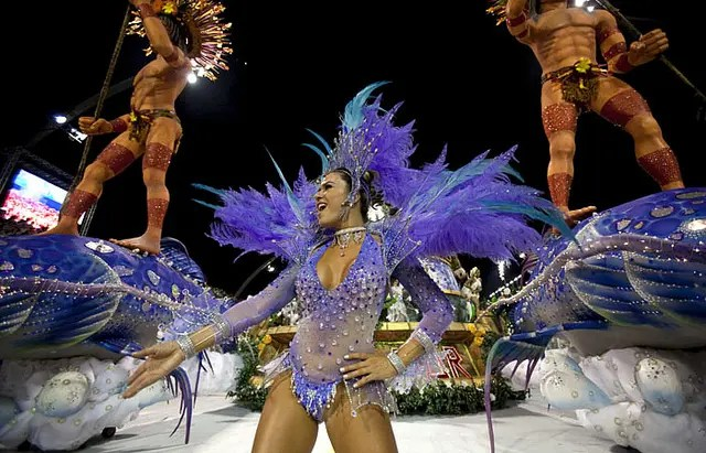 Desfile das Escolas de Samba do Grupo Especial - Tom Maior (Crédito: Globovision/2011)
