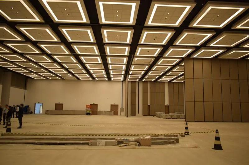 Salão Monumental possui capacidade para 5 mil pessoas em auditório, 3.5 mil em almoço ou jantar e 9 mil em show