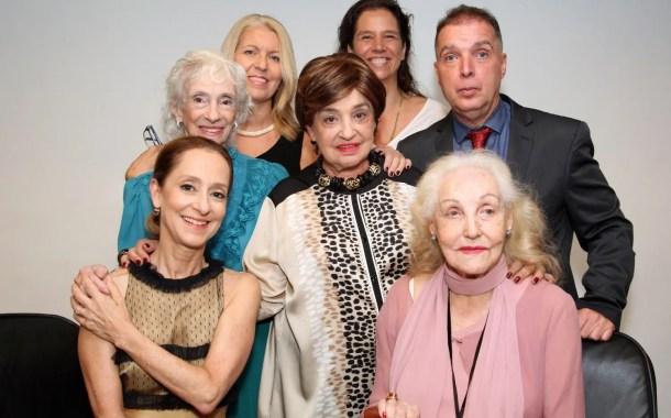 Prêmio Embaixadores do Rio entregue na CNC - (Veja fotos!)