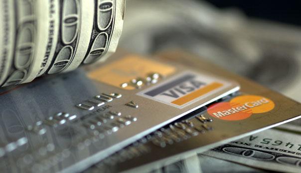 Fraude na hora de pagar causa prejuízo de milhões no truque de transferência de dinheiro