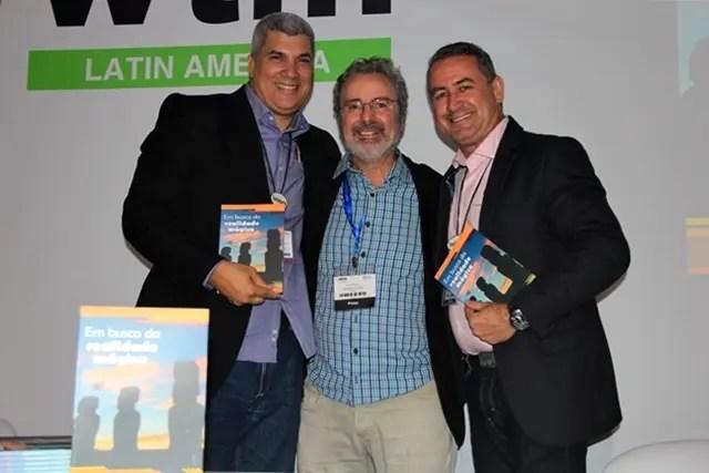 Luis Borges e Osmar DaCosta, da North America com Paulo Atzingen