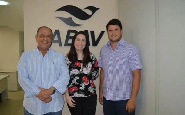 Abav Nacional amplia serviços aos agentes de viagem e anuncia duas novas parcerias para o cartão Agente Abav