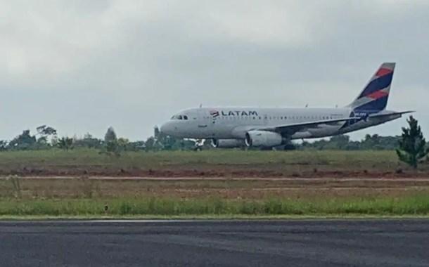Aeroporto de São Carlos recebe voo internacional para manutenção