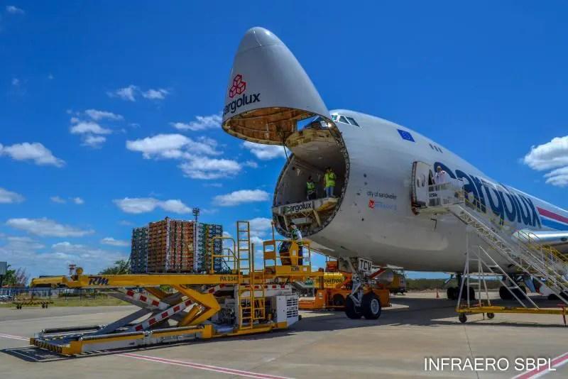 Aeroporto de Petrolina registra alta de 4,3% na movimentação de cargas no primeiro semestre