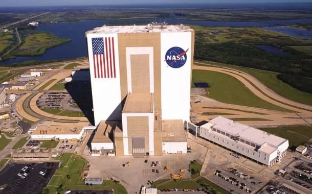 NASA inaugura estátua dos tripulantes do primeiro pouso na Lua