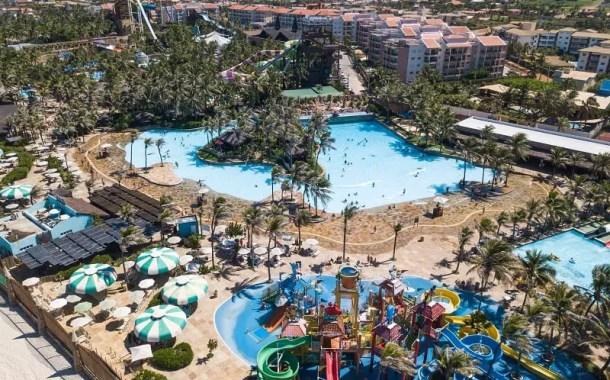 Beach Park lidera ação que planeja tirar 30 toneladas de lixo do mar e das praias cearenses