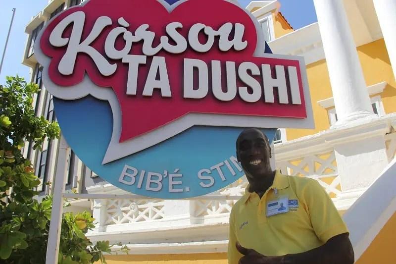 Rignald Tokaay, do Curaçao Tourist Board, explica a origem do termo Curaçao