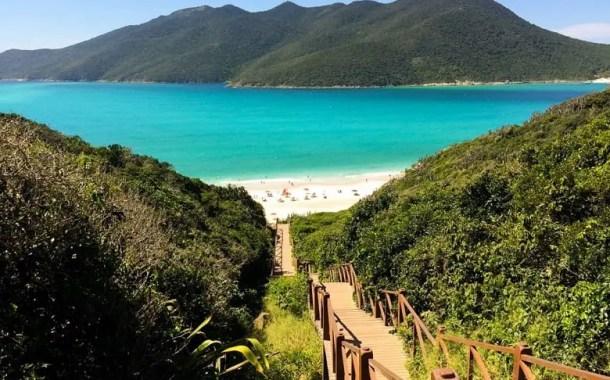 6 praias paradisíacas no Brasil para viajar até o final do ano