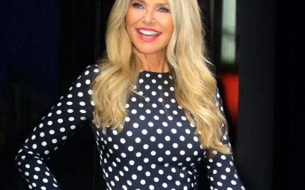 Regent Seven Seas Cruises anuncia Christie Brinkley como madrinha do Seven Seas Splendor