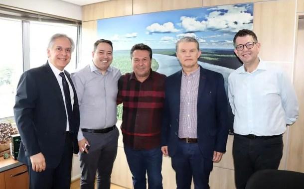 Tecpar e Invest Paraná assinam acordo para atrair investimentos