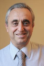 Dr. Pedro Cahn.