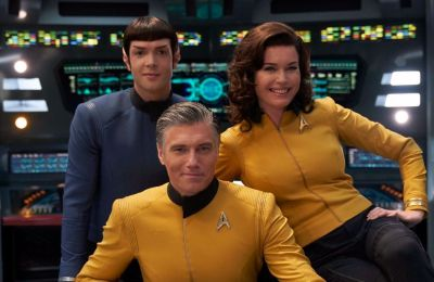Nuevos mundos extraños con Uhura, Nurse Chapel y más