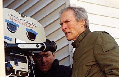 La celebración de los 50 años de la carrera de Clint Eastwood incluye la serie HBO Max Docu y más