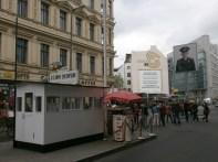 Turistas en el Checkpoint Charlie