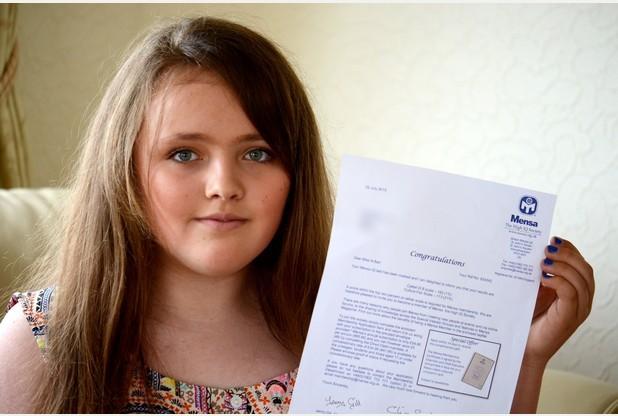 Menina de 12 anos tem QI maior que Albert Einstein e Stephen Hawking Reprodução/