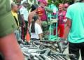 Este viernes funcionarios del Destacamento Oeste de la Guardia del Pueblo dirigieron el acto de inutilización de armas de fuego en la plaza Bolívar de Los Teques.