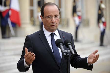 """El presidente François Hollande se pronunció antes de la difusión de las cifras oficiales, pero ambos coincidieron en que la situación actual hace que sea """"urgente"""" aplicar el llamado pacto de responsabilidad"""