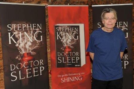 """King, de 66 años, tiene previsto lanzar otro libro este año, la novela de suspenso """"Mr. Mercedes"""", cuya publicación está programada para el 3 de junio"""