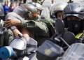 Unos 80 manifestantes fueron detenidos este miércoles en Caracas tras incidentes en una marcha estudiantil opositora  AFP