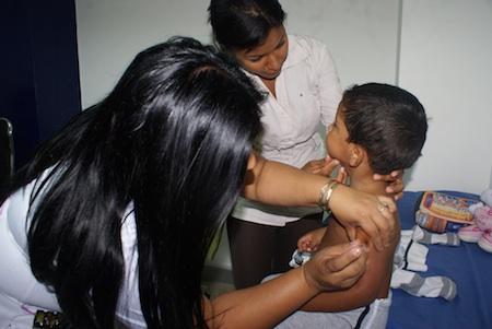 Para proteger a los venezolanos de 14 enfermedades